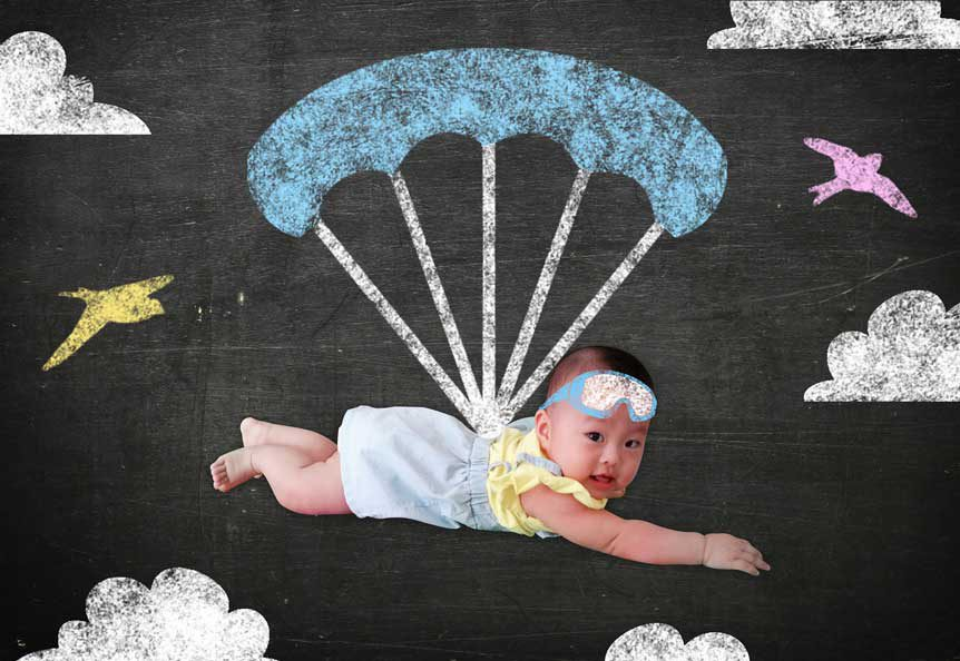 picture af a baby skydiveing for - babies can skydive - fun fact friday week 37
